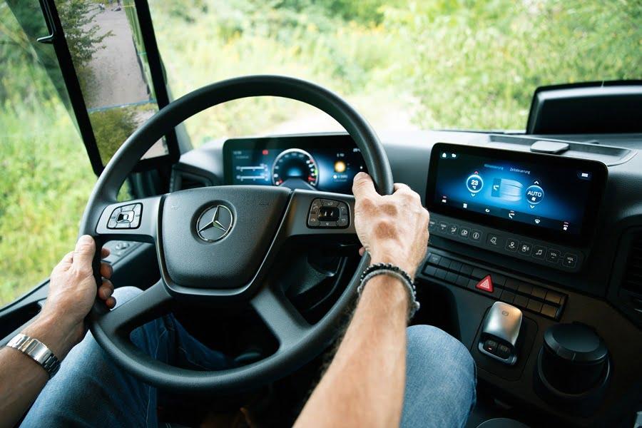 Predictive Powertrain Control di New Arocs Berkontribusi Turunkan Konsumsi BBMTruckMagz – Truck Magazine Indonesia